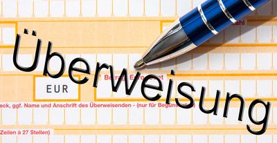 Fehlerhafte Überweisung - Thorben Wengert  / pixelio.de