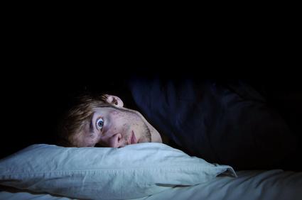 Starkes Schwitzen beim Schlafen - © vlorzor - Fotolia.com